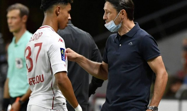 Niko Kovac donne ses consignes à Sofiane Diop pendant Rennes-Monaco