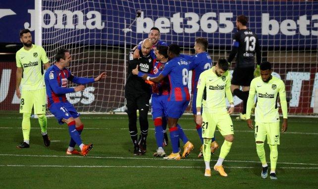 Marko Dmitrovic après son penalty contre l'Atlético