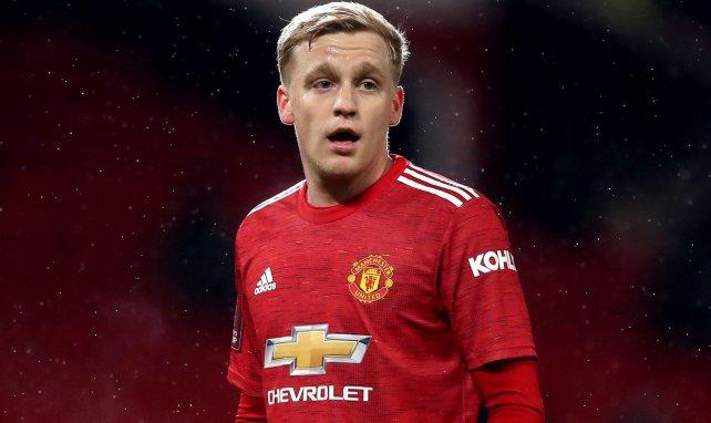 Donny van de Beek avec Manchester United