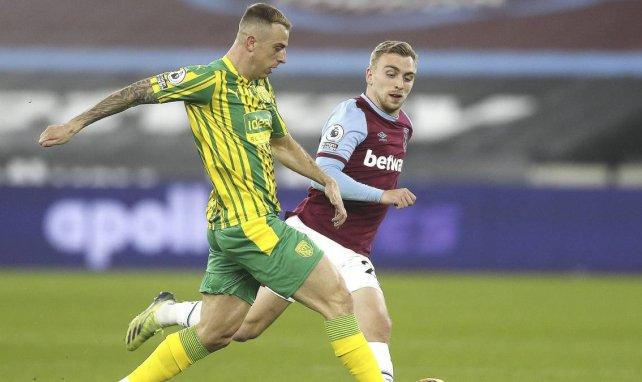 Kamil Grosicki contre Aston Villa
