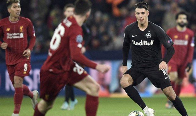 Dominik Szoboszlai en action avec Salzbourg contre Liverpool en Ligue des Champions
