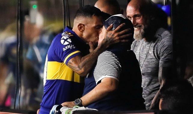 Diego Maradona prolonge au Gimnasia