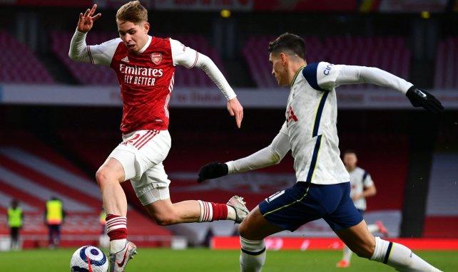 Emile Smith-Rowe lors d'un derby du nord de Londres contre Tottenham