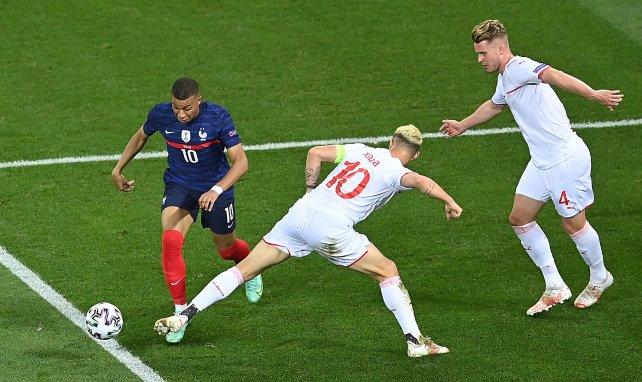 PSG : un arbitre bien connu par Kylian Mbappé au sifflet contre Manchester City