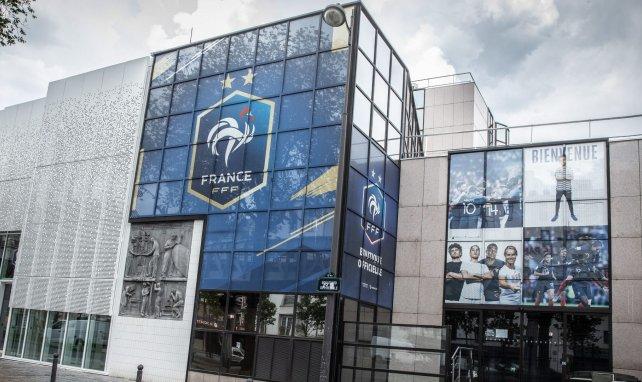 Ligue 2 : Trois maires demandent à la FFF d'organiser des barrages