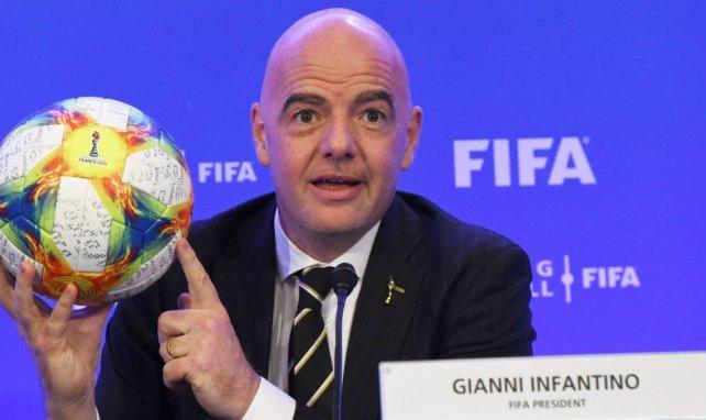 Super League : la FIFA et les confédérations menacent les joueurs !
