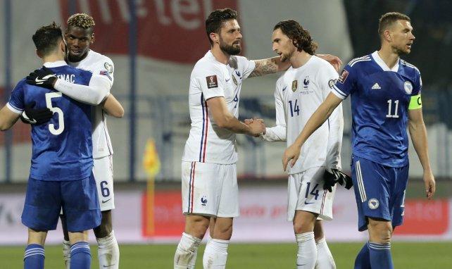 Olivier Giroud et Adrien Rabiot après le match contre la Bosnie