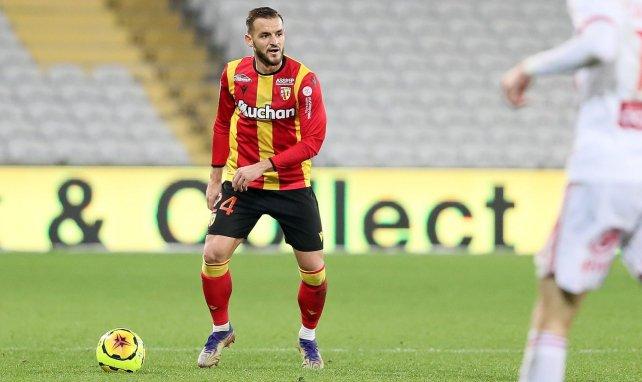 Jonathan Gradit en action avec le RC Lens en Ligue 1