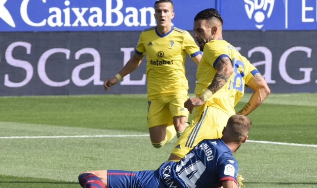 Liga : Cadiz écarte Huesca de son chemin