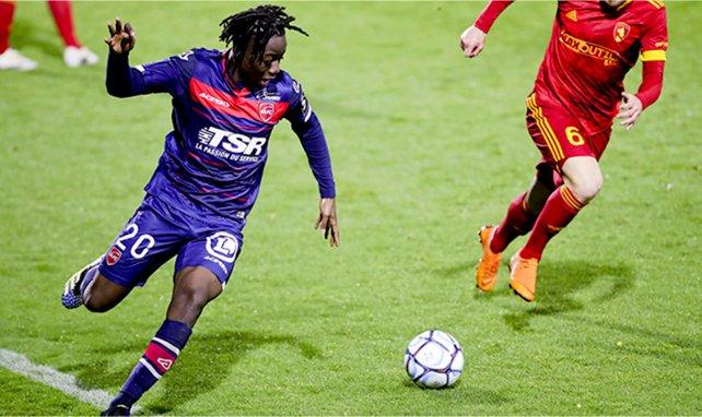 Ismaël Doukouré sous le maillot de Valenciennes