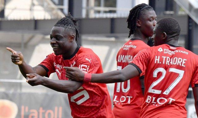 Ligue 1 : Rennes inflige un 3-0 à Angers et passe provisoirement devant l'OM