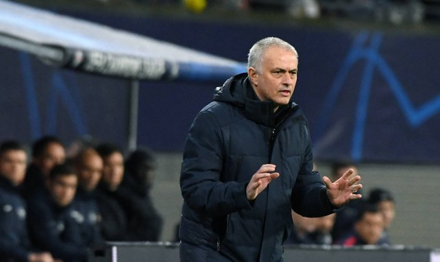 José Mourinho ya piensa en el curso que viene.