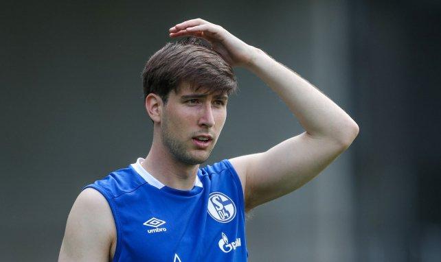 Juan Miranda à l'entraînement avec Schalke 04