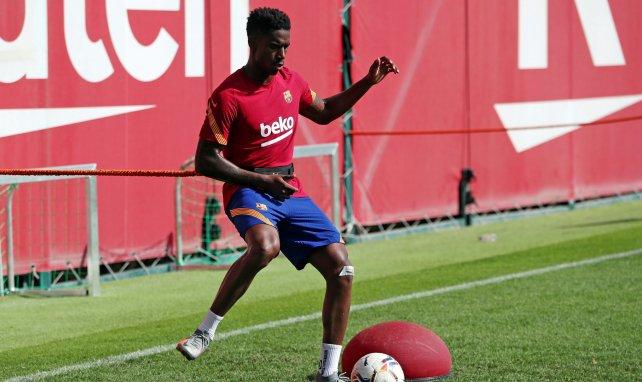 Junior Firpo à l'entraînement