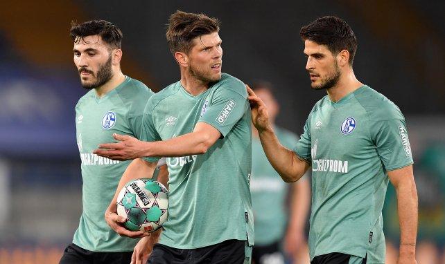 Klaas-Jan Huntelaar et Sead Kolasinac sous le maillot vert de Schalke 04