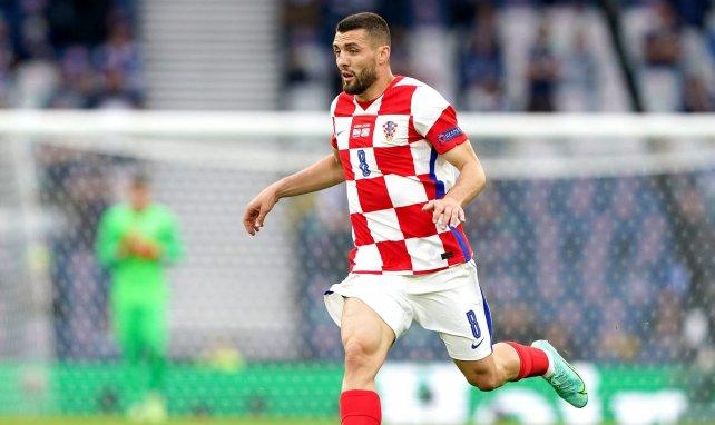 Mateo Kovacic sous le maillot de Croatie pendant l'Euro 2020
