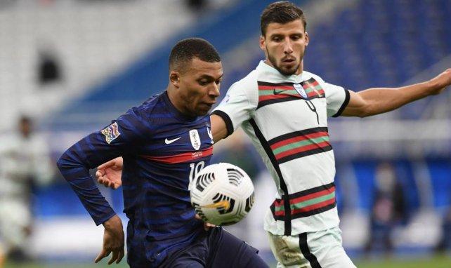 Kylian Mbappé face à Ruben Dias