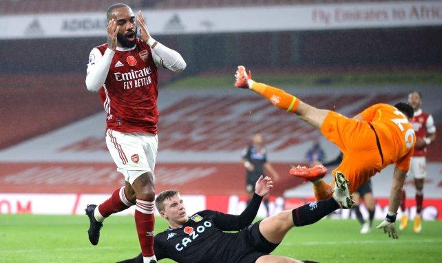 La déception d'Alexandre Lacazette face à Aston Villa