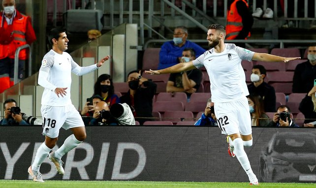 LIVE : Grenade mène au score face à un Barça en difficulté !