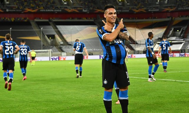 Lautaro Martinez célèbre l'ouverture du score