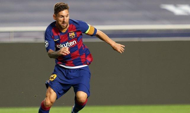 Lionel Messi durant une action avec le Barça