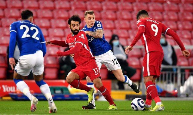 Mohamed Salah à la lutte avec Lucas Digne et Ben Godfrey
