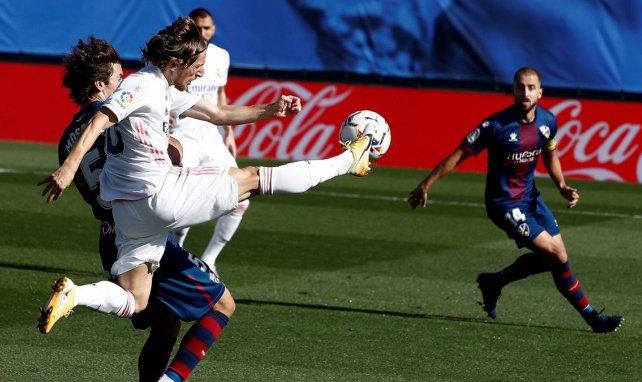 Real Madrid : Luka Modric insiste pour son avenir