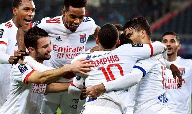 Les Lyonnais fêtent le but de Kadewere