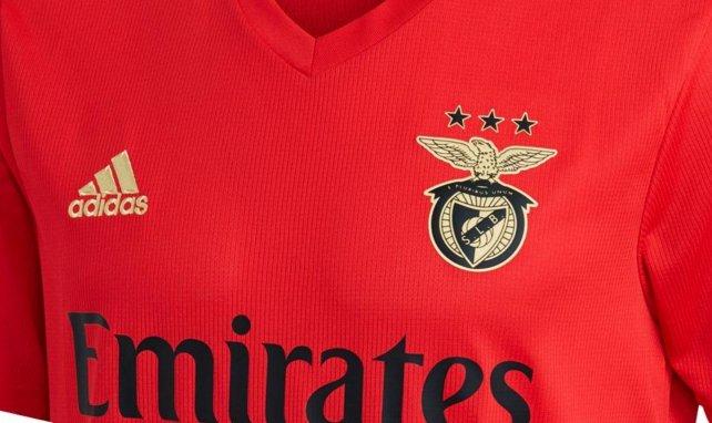Les nouveaux maillots de Benfica pour 2020/2021