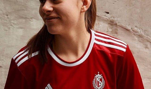 Le Standard de Liège présente ses maillots pour la saison 2021-2022