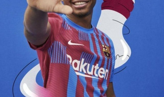 Nike présente le nouveau maillot domicile du FC Barcelone !