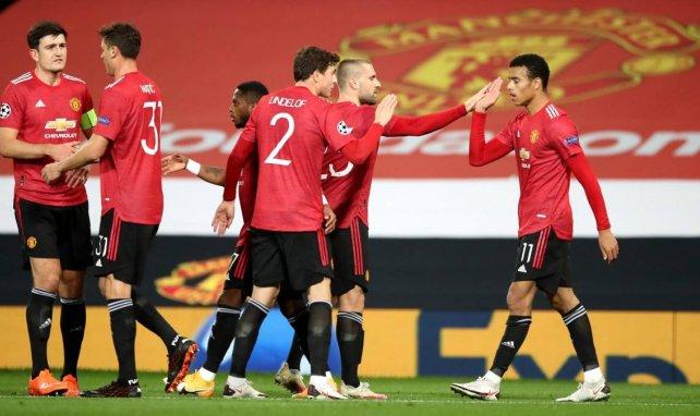 Les joueurs de Manchester United célèbrent un but