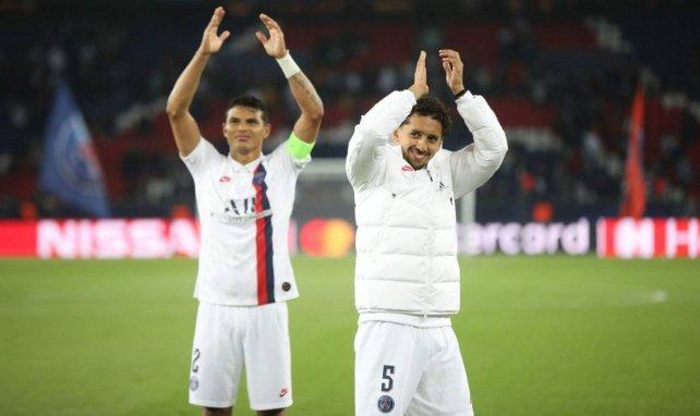 Thiago Silva et Marquinhos après un match du PSG au Parc des Princes
