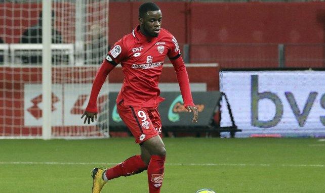Stephy Mavididi vient de s'engager avec Montpellier