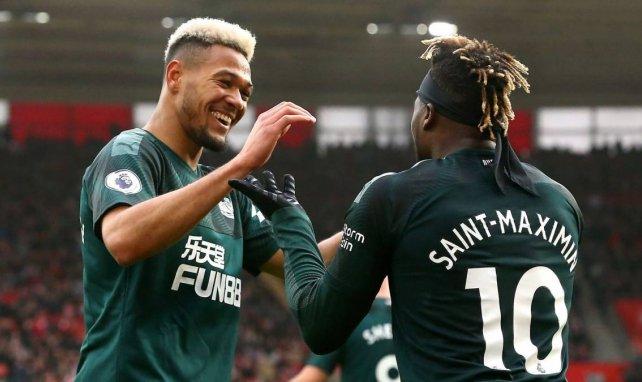 Joelinton et Allan Saint-Maximin célèbrent un but contre Southampton