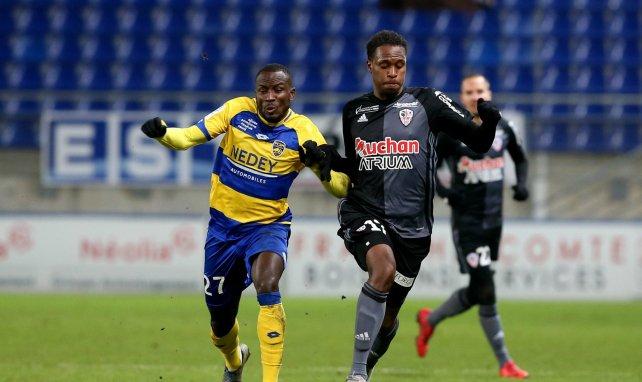 Manuel Cabit sous les couleurs de l'AC Ajaccio face au FC Sochaux son club formateur