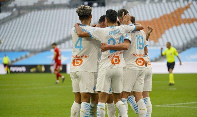 Les joueurs de l'OM célèbrent un but contre Brest