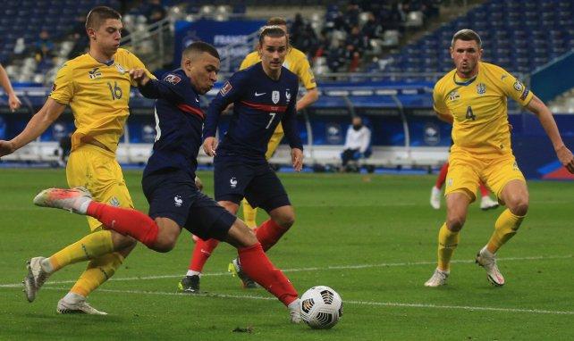 EdF : Kylian Mbappé contredit Antoine Griezmann pour les penalties
