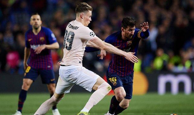 Scott McTominay au duel avec son idole Lionel Messi en avril 2019