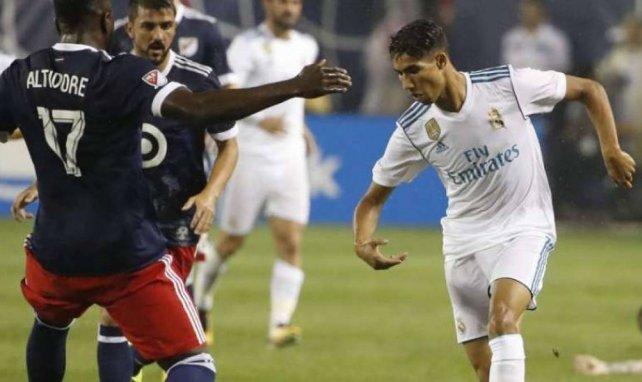 Achraf Hakimi a fait ses débuts officiels avec le Real Madrid
