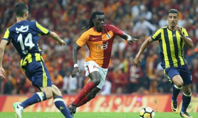 Bafétimbi Gomis en action avec le Galatasaray en Superlig
