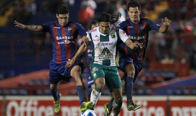 Carlos Pena, dit Gullit, a encore frappé !