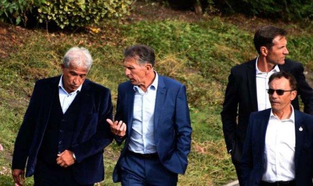 Claude Puel discute avec Bernard Caïazzo