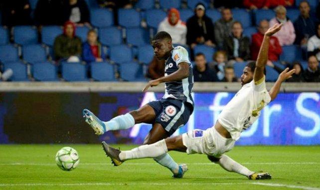 Eric Junior Dina-Ebimbe buteur face à Châteauroux à l'occasion de la 27e journée de Ligue 2.