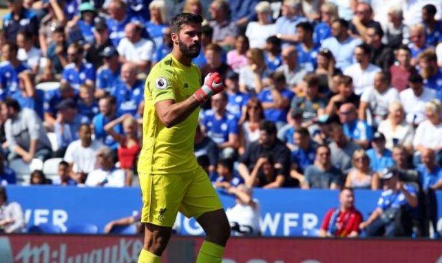 Fautif face à Leicester, Alisson a encaissé son premier but