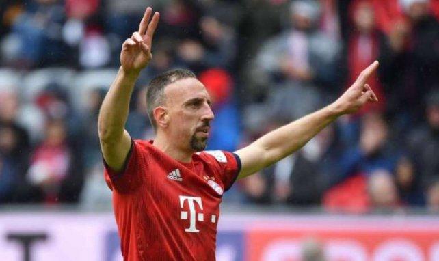 Franck Ribéry saluant le public munichois