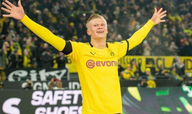 Haaland tout sourire sous le maillot du Borussia Dortmund