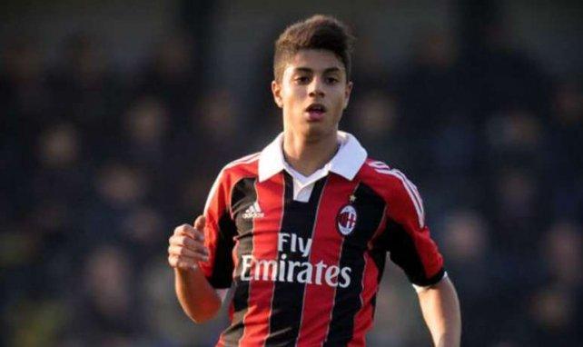 Hachim Mastour évoluera désormais avec les pros du Milan AC