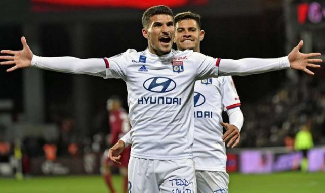 Houssem Aouar après son but contre le FC Metz à Saint-Symphorien