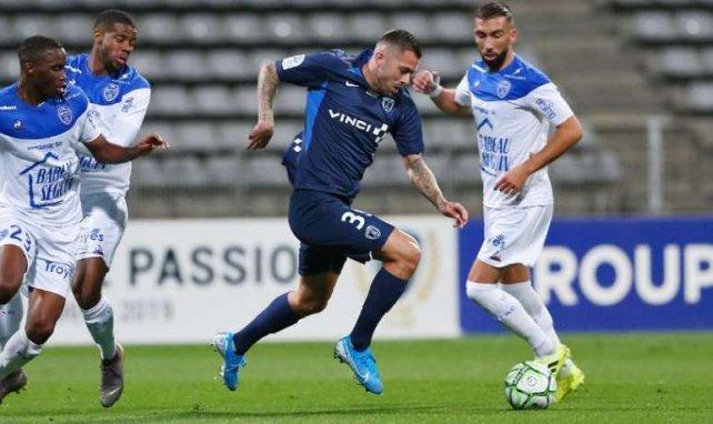 Jérémy Menez pour ses premiers pas avec le Paris FC contre Troyes (crédits photo : Jacques Martin / Paris FC)